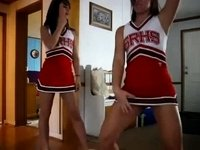 Hot Cheerleader Teens Twerk video on StupidCams