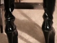 Hot Cutie In Leather Boots video on StupidCams