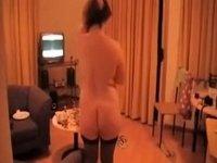 amateur mature wife posing video on StupidCams