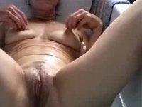 Belgian older slutwife works in the bath video on StupidCams