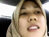 malay- tudung jahil 1 video on StupidCams