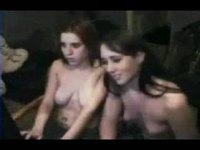 2 girls video on StupidCams