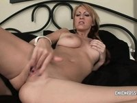Breasty coed Addison Riley is finger banging her cunt video on StupidCams