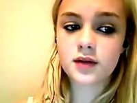 Cute Teen Blonde Non Nude video on StupidCams
