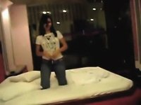 Hot GF screwed in a motel video on StupidCams