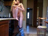 kitchen sex video on StupidCams