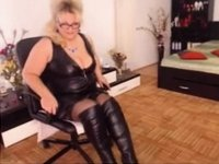 lady in Latex video on StupidCams
