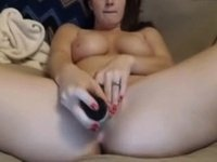 Milf pussy play with vibe video on StupidCams