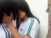 Teenage girl, kiss horny! Brazil. video on StupidCams