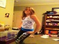 lengaga1 - Dancin.flv video on StupidCams