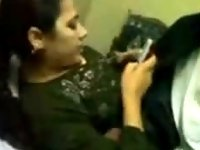 Pakistani Girl video on StupidCams