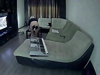 snr blonde girl having fun with her hip 2 video on StupidCams