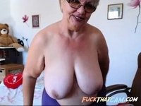 Great granny tits video on StupidCams