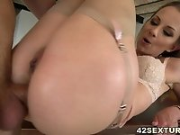 Tight asshole filled with thick cock video on StupidCams