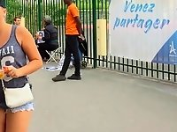PAWG tourist in Paris video on StupidCams