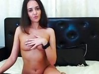 Hawt sweetheart shows off for the web camera video on StupidCams