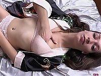 Silky bed masturbation session video on StupidCams